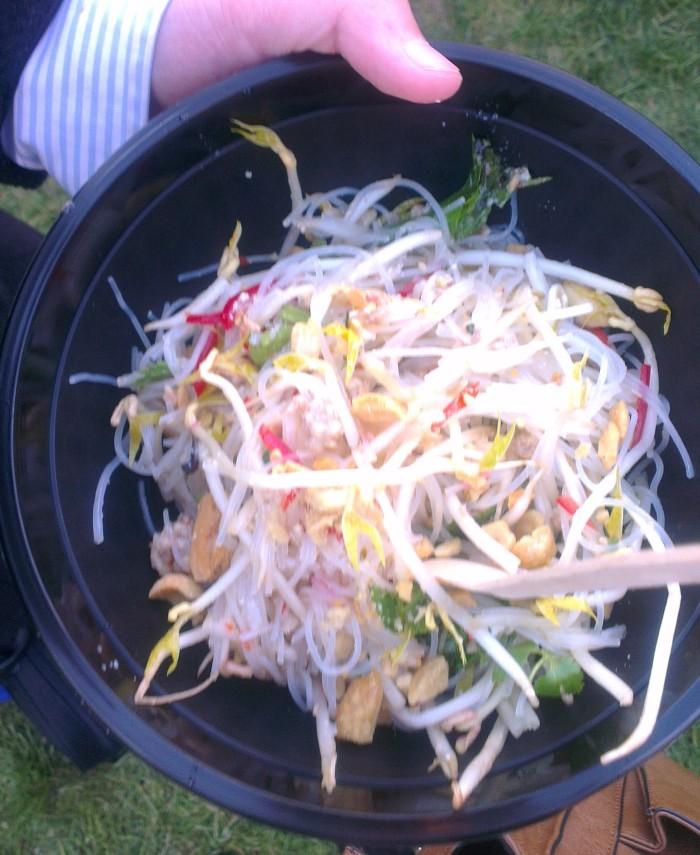 Hot and sour pork salad
