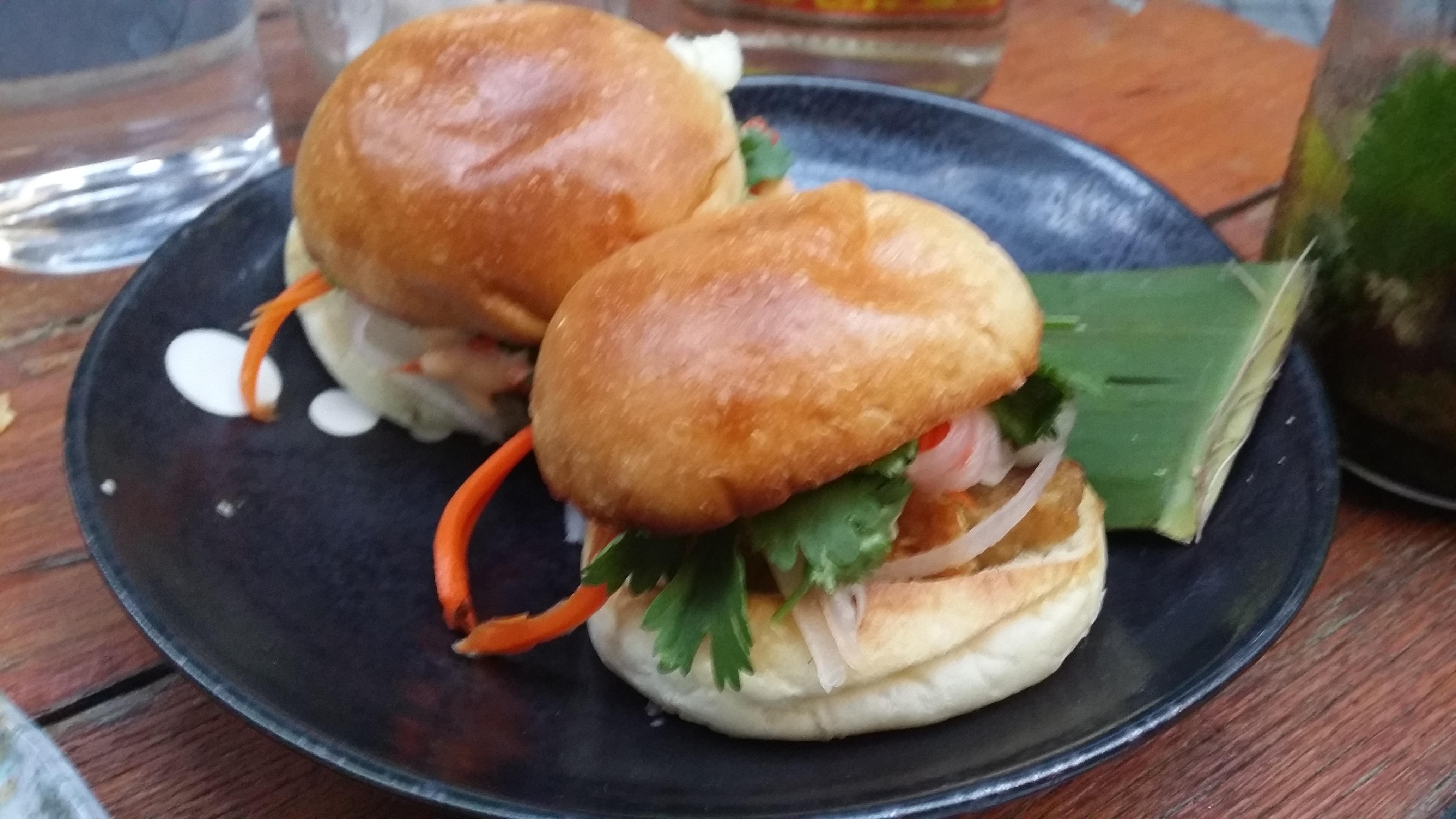 mini sandwiches mons
